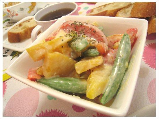 カマンベールチーズヨーグルトサラダ.jpg